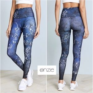 🆕 Onzie High Rise Constellation Graphic Leggings